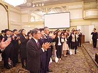 The party ended with 3 sets of 3-3-7 claps, the Japanese traditional style, praying for more development of Marushin.