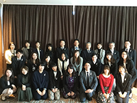 Commemorative picture with members in Tokyo branch office.