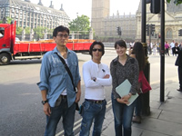 Picture at London.