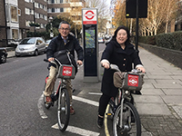 Market research with riding bicycles. We got familiar with the street in London … perhaps?