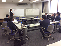 Mr. Shibuya Executive Officer giving his presentation. What kind of discussion are held there?