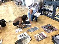 We selected textile materials with their representetive.