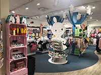 The big Moomin corner is also for the general store that stopped by the market research!