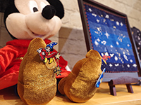 The product represents happy atmosphere of Mickey.
